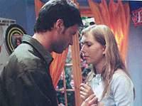 'A szoknyapecér, de mégis ellenállhatatlan dottor Guido és a kedves de nem hülye kislány, Maria. Veszekednek. Aztán minden jóra fordul.'